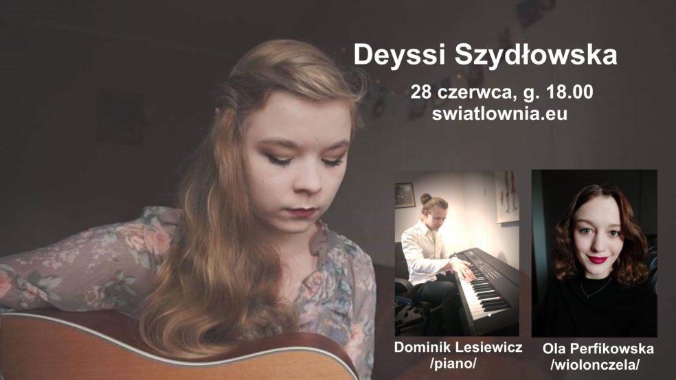 Młoda, długowłosa dziewczyna gra na ukulele