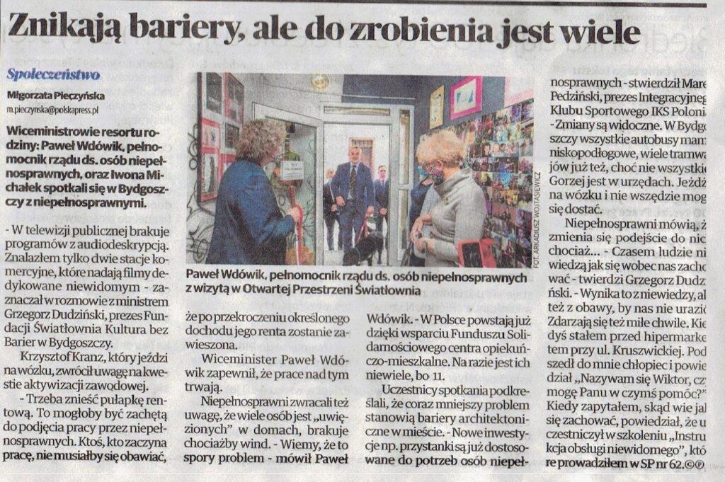 Artykuł w Expresie Bydgoskim. o barierach rozmawiali Paweł Wdówik pełnomocnik ds osób niepełnosprawnych i w-ce misnister Rodziny Iwona Michałek i przedstawiciele ngosów.